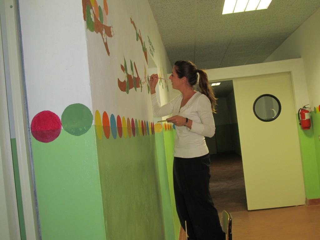 Elena; the artist at work