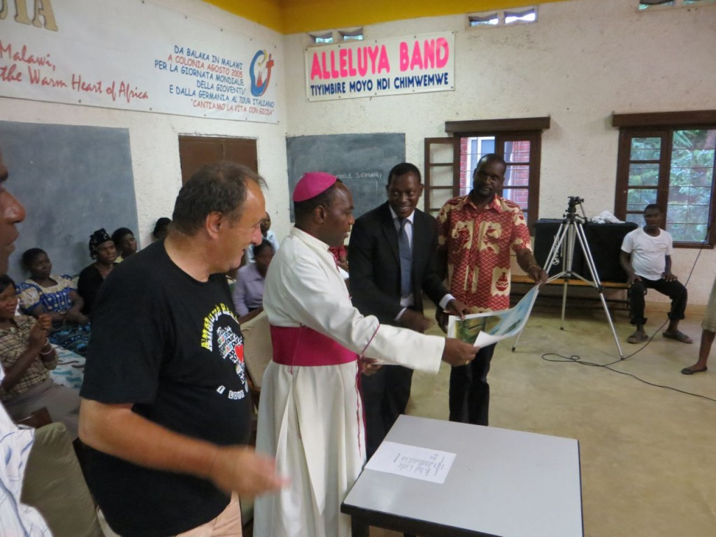 Bishop Stima receives a gift