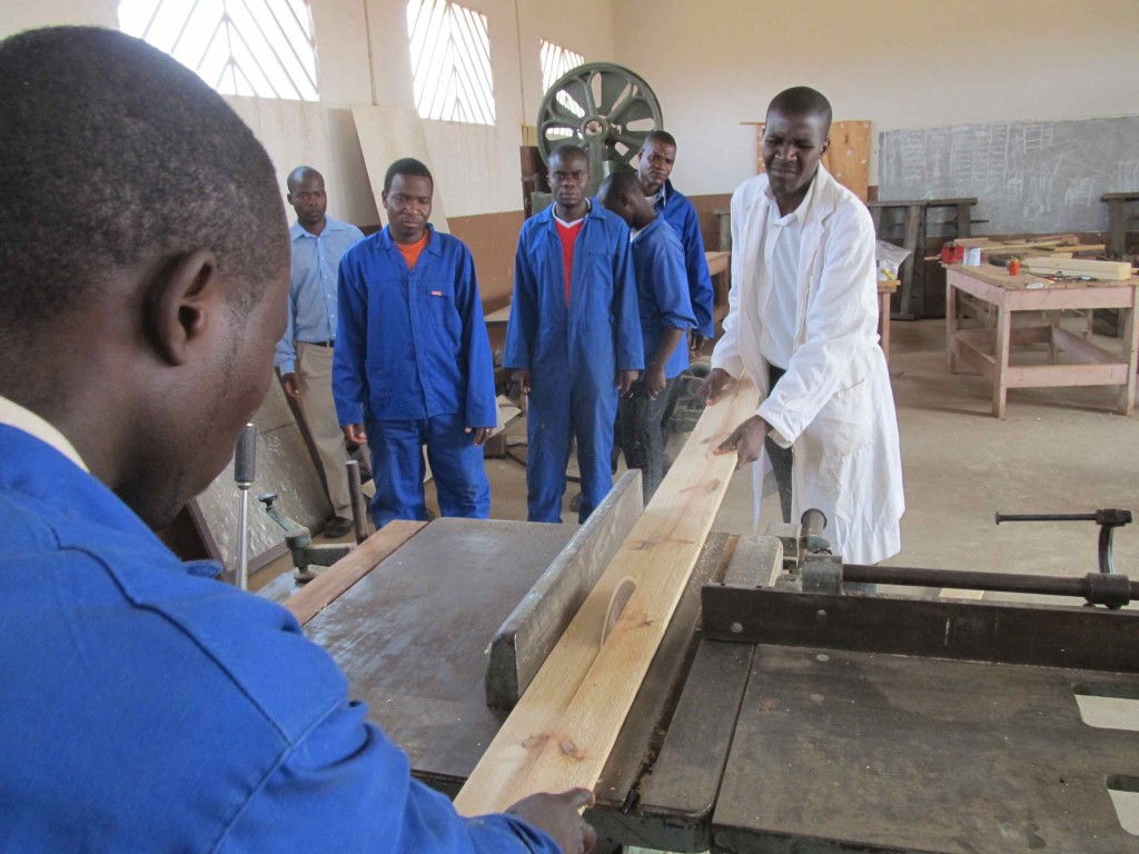 Students learning carpentry at Andiamo College